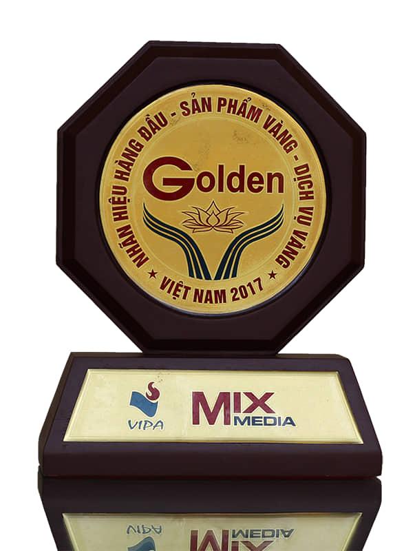 Giải thưởng: Top 50 nhãn hiệu nổi tiếng Việt Nam 2017
