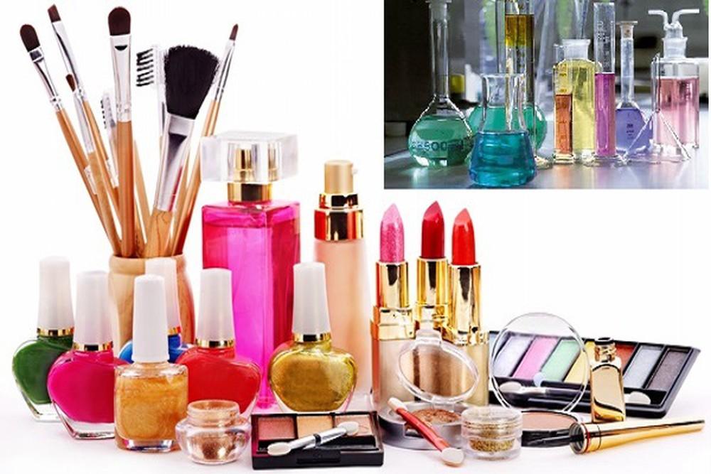 Phòng tránh thành phần độc hại trong mỹ phẩm