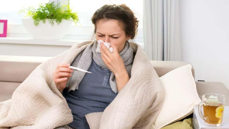 Phân biệt dịch bệnh COVID-19 với cúm mùa và nhiễm lạnh