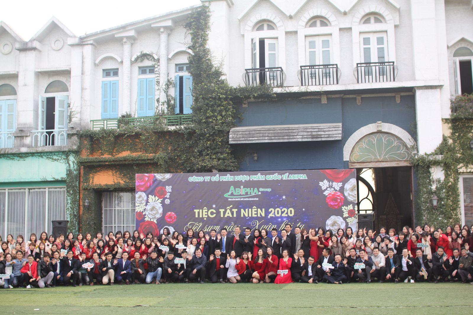 Abipha Group long trọng tổ chức lễ tổng kết hoạt động sản xuất kinh doanh năm 2020